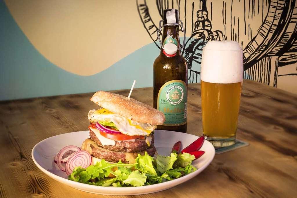 Hamburger artigianale, pub indipendente a Padova